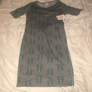 LuLaRoe Julia dress